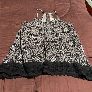 Women's Pullover Summer Top. EUC.